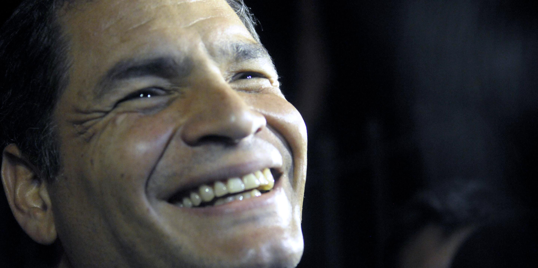 Correa cámara oculta